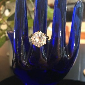 Jewelry - Sterling silver (gold) solitaire cubic zirconia